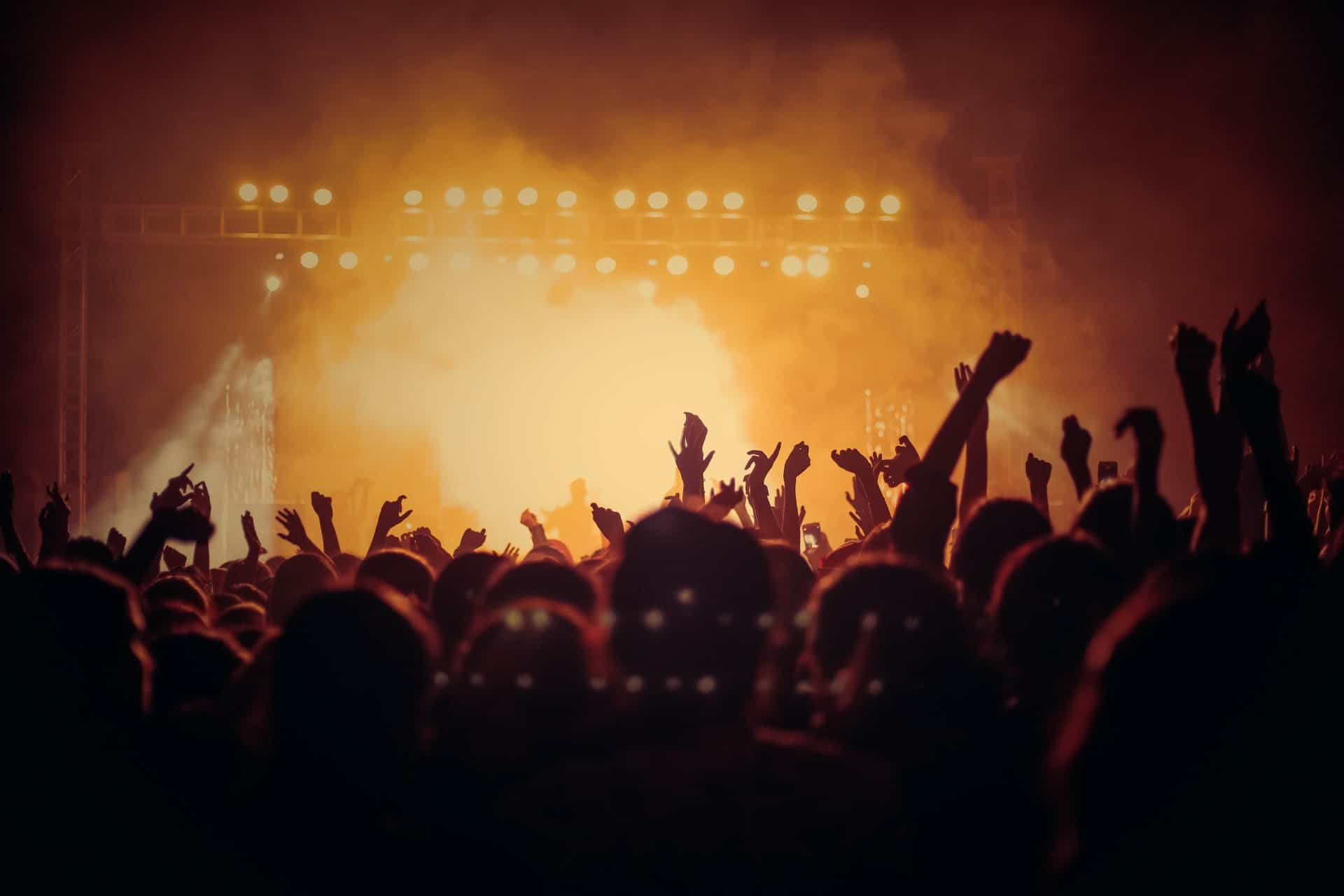CONCERTS, SPECTACLES
